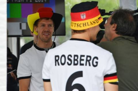 «Κόκκινο» της FIFA στον Νίκο Ρόζμπεργκ!