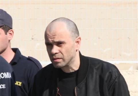 Ένταλμα σύλληψης για συνεργό του Νίκου Μαζιώτη