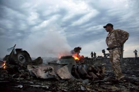 Malaysia Airlines: Οι ουκρανικές αρχές εντόπισαν δύο μαύρα κουτιά
