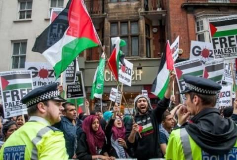 Λονδίνο: Μεγάλη διαδήλωση αλληλεγγύης στους Παλαιστίνιους