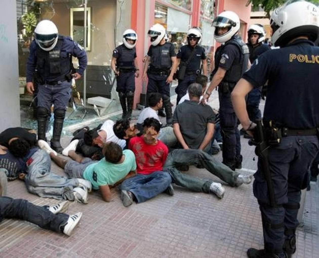 ΕΛ.ΑΣ.: Εξαρθρώθηκε κύκλωμα διακίνησης μη νόμιμων μεταναστών