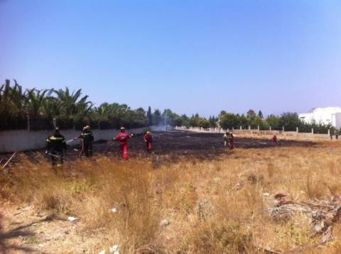 Κως: Φωτιά ξέσπασε στον Αμπάβρη - Απείλησε κατοικία