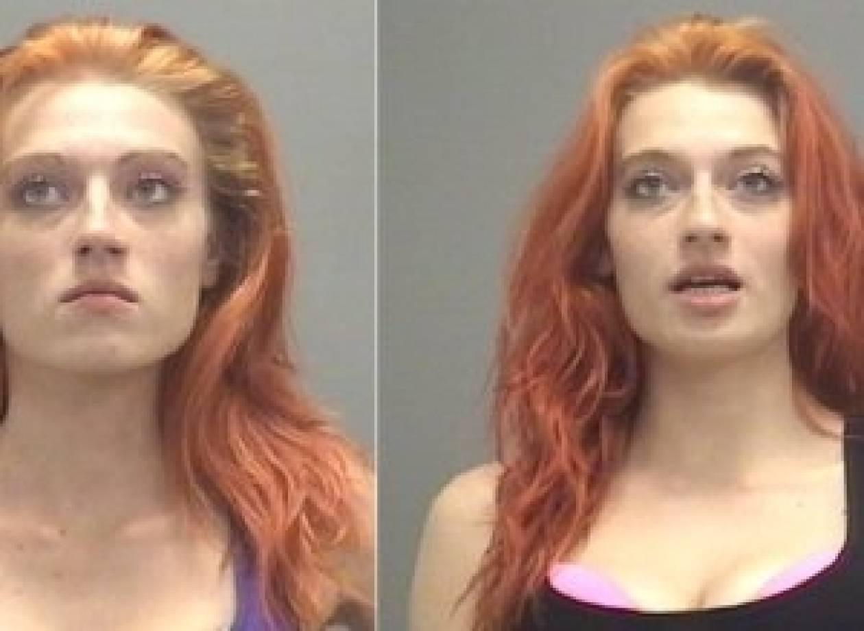 Αυτές είναι οι 19χρονες δίδυμες που συνελήφθησαν για πορνεία (pics)