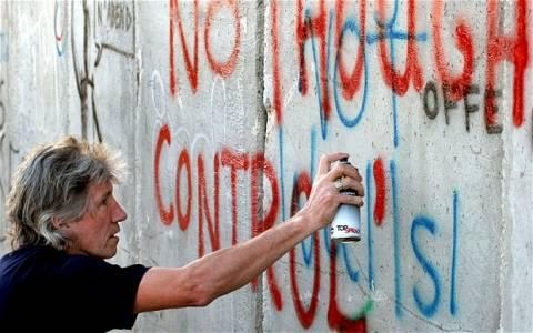 Ο Roger Waters των Pink Floyd καλεί τους μουσικούς να μποϊκοτάρουν το Ισραήλ