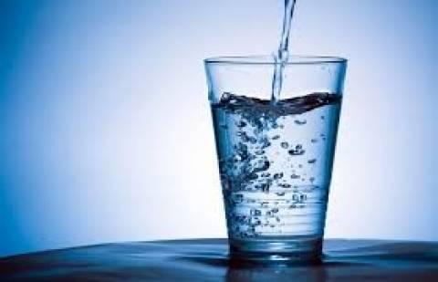 Πάρτι του «μολυσμένου» νερού στην Ερεσό Λέσβου- Φώτο και βίντεο ΣΟΚ