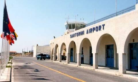 Συνελήφθησαν στο αεροδρόμιο της Θήρας 4 αλλοδαποί για πλαστογραφία