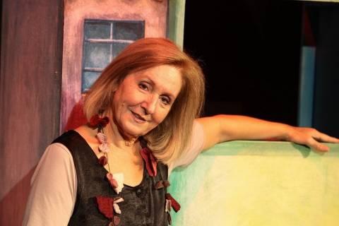 Ατύχημα της Κάρμεν Ρουγγέρη στο Θέατρο Ανατολικής Τάφρου στα Χανιά