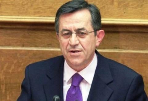 Νικολόπουλος: Ποιος μας κυβερνά; Τα πρόσωπα Σημίτη στην εξουσία