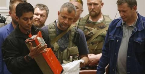 Κίεβο: Τα μαύρα κουτιά δείχνουν πως θραύσματα πυραύλων έριξαν το Boeing
