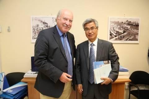 ΟΛΠ: Επίσκεψη του πρέσβη της Κορέας
