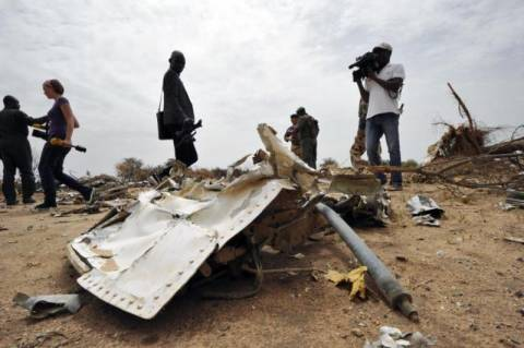 Air Algerie: Το πλήρωμα του μοιραίου αεροπλάνου ζήτησε να επιστρέψει