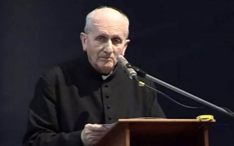 Ιερέας λέει ότι μετά τον εξορκισμό δέχεται απειλητικά SMS από... δαίμονα