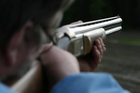 Επανομή: Πυροβόλησε κατά λάθος και πέτυχε άνθρωπο στο διπλανό χωράφι