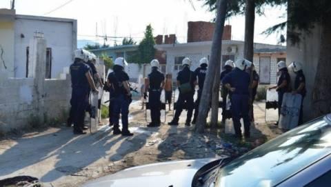 Θεσσαλονίκη: Αστυνομική επιχείρηση σε καταυλισμό Ρομά με 14 συλλήψεις για ρευματοκλοπή