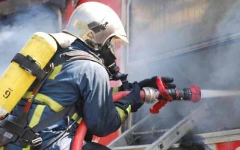 Μεγάλη ζημιά από πυρκαγιά σε αποθήκη εργοστασίου