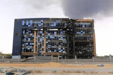 Γαλλία: Το Παρίσι απομάκρυνε τους πολίτες του από τη Λιβύη