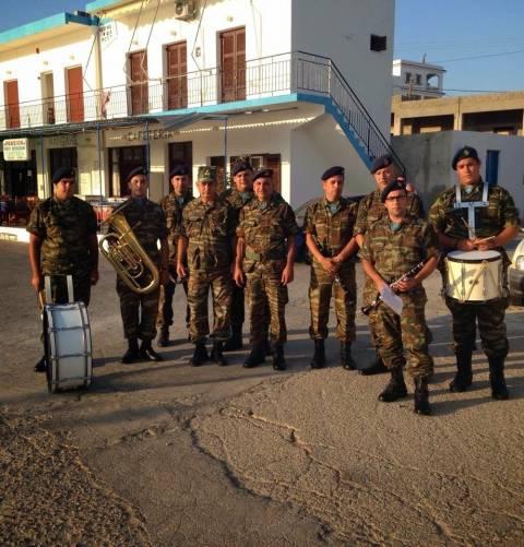 Η στρατιωτική μουσική της 80 ΑΔΤΕ στους Λειψούς