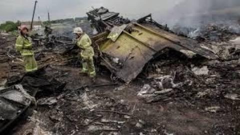Boeing 777: Κατάπαυση του πυρός για να μεταβούν οι εμπειρογνώμονες