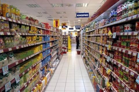 Μεγάλη πτώση των λιανικών πωλήσεων σε τρόφιμα-ποτά