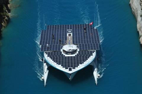Terra Submersa: Εξερευνώντας βυθισμένα τοπία με ηλιακό σκάφος