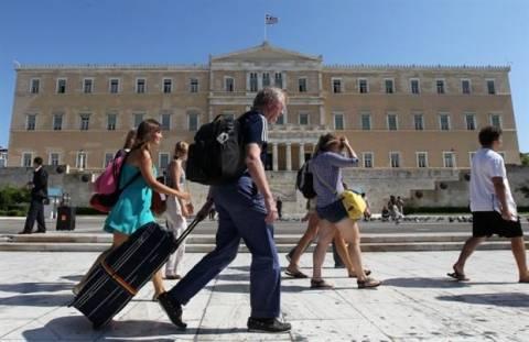 Der Standard: Ανάπτυξη στην Ελλάδα χάρη στον τουρισμό