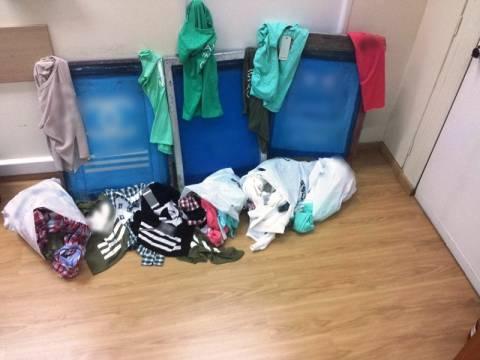 Αττική: Τέσσερις συλλήψεις για διακίνηση προϊόντων παραεμπορίου