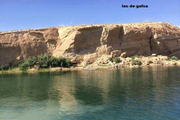 Τυνησία: Μυστήριο με λίμνη που «γεννήθηκε» στην έρημο! (video+photos)