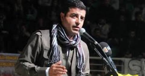Τουρκία: Πλήθος κόσμου στη συγκέντρωση του Κούρδου υποψήφιου