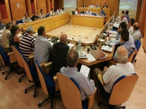 60 δήμαρχοι ταράζουν τα νερά στην αυτοδιοίκηση