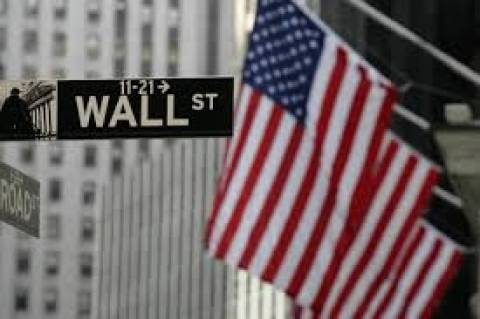 Μικρή άνοδος στη Wall Street