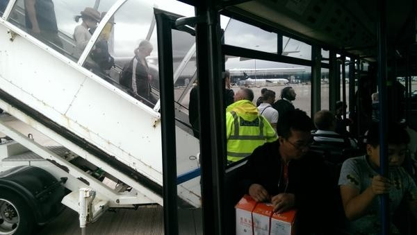 Φάρσα η βόμβα στο αεροσκάφος της Qatar Airways (pics+video)