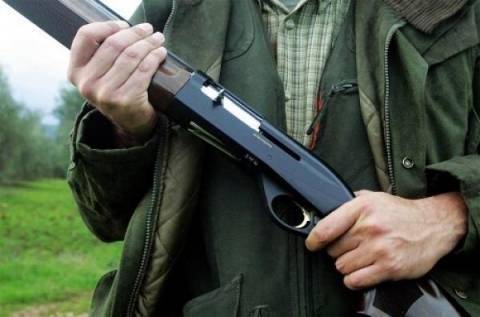 Πρέβεζα: 29χρονος άρπαξε όπλο από κατάστημα κυνηγετικών ειδών