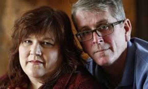 Είναι παντρεμένοι 10 χρόνια αλλά έχουν κάνει σεξ... δύο φορές! (pics)
