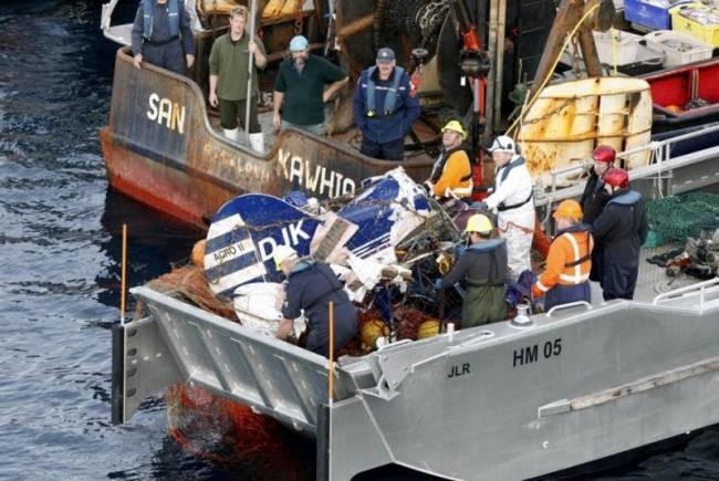 Νέα Ζηλανδία: Ψάρεψαν πτώμα σε συντρίμμια αεροσκάφους! (photos)