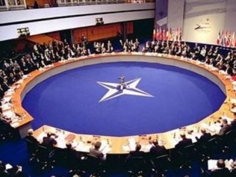 Το NATO έτοιμο «να αυξήσει τη βοήθεια που παρέχει» στην ουκρανική κυβέρνηση