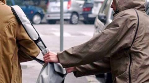 Βόλος: Συνελήφθη 26χρονος τσαντάκιας - Εξιχνιάστηκαν 5 περιπτώσεις