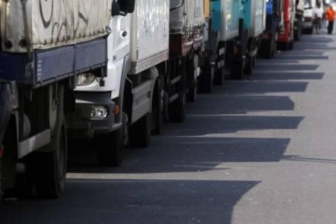 Ρωσία: Επιστρέφουν γεμάτες οι πρώτες νταλίκες με ελληνικά προϊόντα