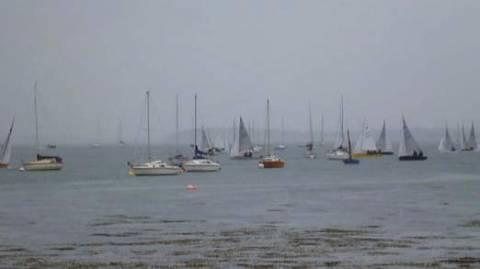Β.Ιρλανδία: Αναποδογύρισαν σκάφη σε ιστιοπλοϊκό αγώνα