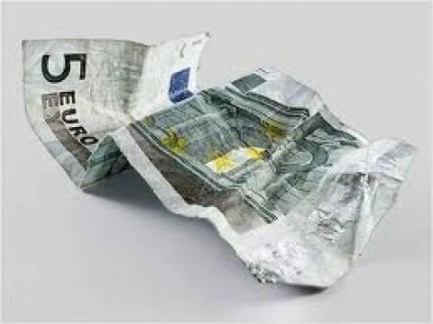 Πτώση σε πωλήσεις και παραγωγή για την ελληνική βιομηχανία ενδυμάτων