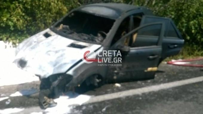 Κρήτη: Όχημα ξέφυγε της πορείας του και τυλίχθηκε στις φλόγες (pics)