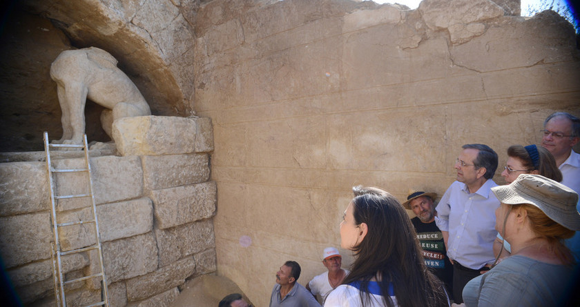 Αμφίπολη: Μπροστά σε μοναδικές ανακαλύψεις οι αρχαιολόγοι (pics&vid)
