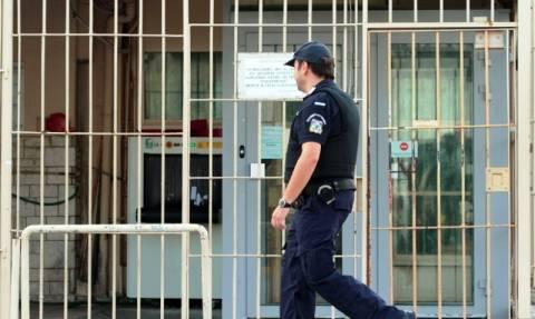 Προσωρινή αναστολή των κινητοποιήσεων ανακοίνωσαν οι σωφρονιστικοί υπάλληλοι