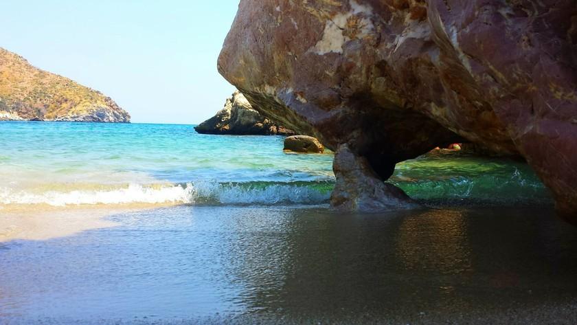 Εύβοια: Μία μυστική παραδεισένια παραλία (pics)