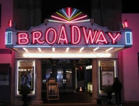 Το Μπρόντγουεϊ χαμηλώνει τα φώτα προς τιμήν του Γουίλιαμς