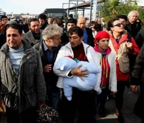 Hurriyet: Πουλούν σωσίβια σε πρόσφυγες για να έρθουν στην Ελλάδα!