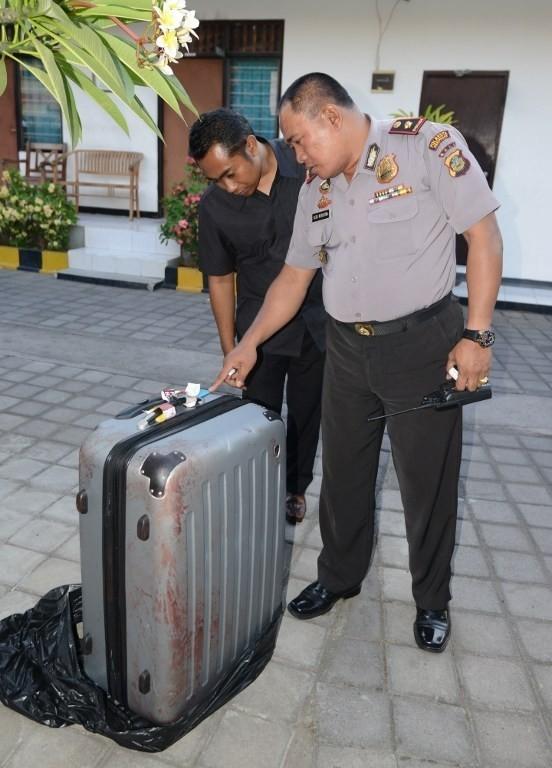 ΦΡΙΚΗ στο Μπαλί: Βρέθηκε νεκρή και μισόγυμνη μέσα σε βαλίτσα (pics)!