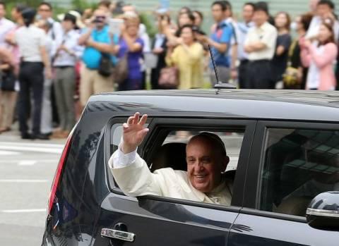 Ο πάπας Φραγκίσκος θα βαπτίσει τον πατέρα ενός μαθητή που πνίγηκε στο ναυάγιο του Sewol