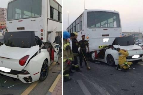 Σοκαριστικό ντοκουμέντο: Ferrari συγκρούεται με λεωφορείο