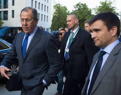 Συναντώνται σε ουδέτερο έδαφος οι ΥΠΕΞ Ρωσίας και Ουκρανίας