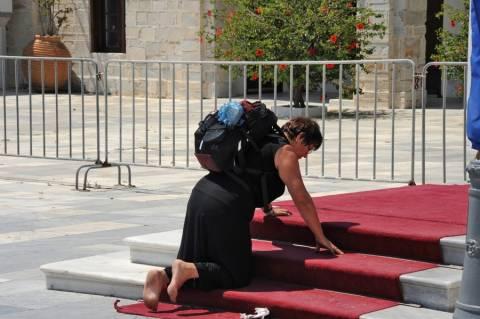 Πως γιόρτασε η Τήνος την Κοίμηση της Θεοτόκου